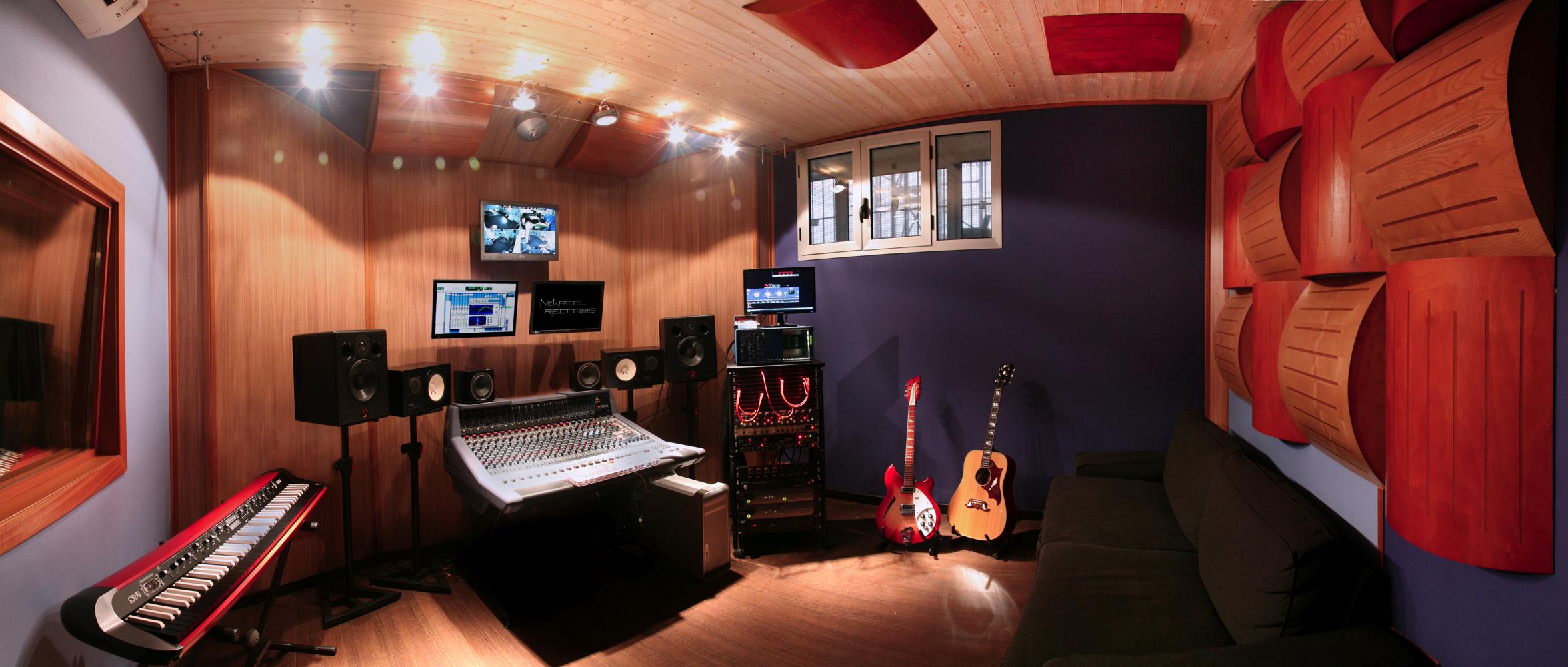 Lo studio di registrazione new reel records - Studio di registrazione casalingo ...